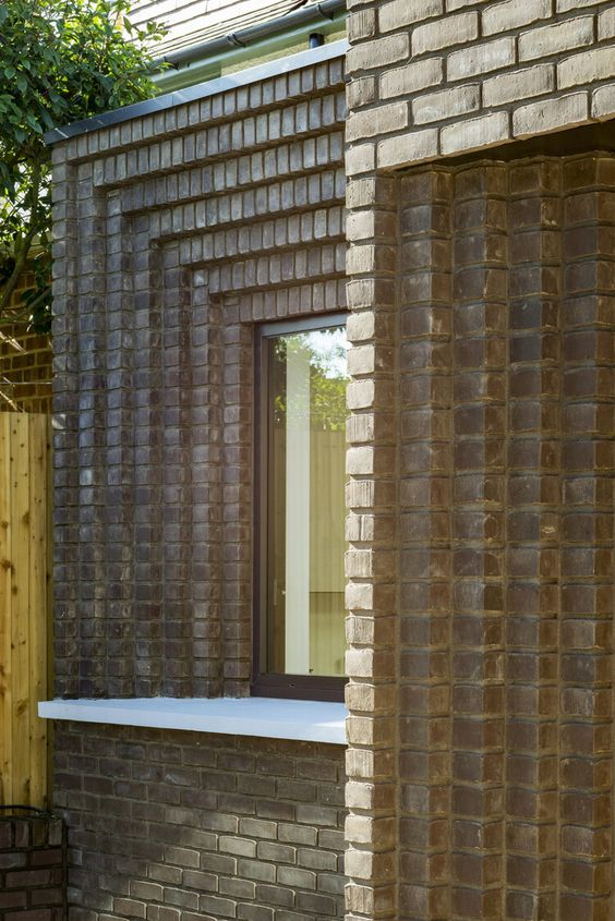 The Corbelled Brick Extension — YARD Architects 2